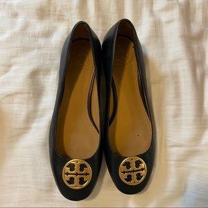 Tory Burch Chelsea Black Leather Flat